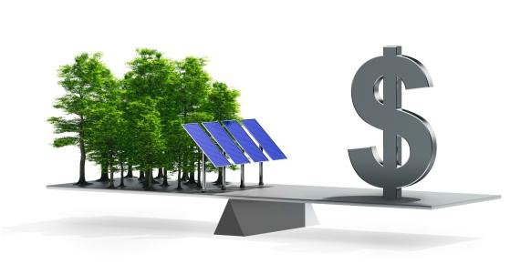 Fotovoltaico Semplice ti fa guadagnare grazie all'energia rimessa in rete, le detrazioni fiscali e il risparmio in bolletta