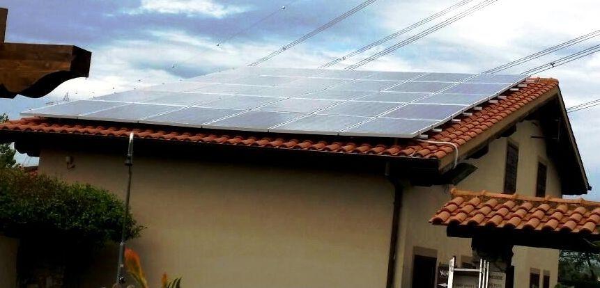 foto di un impianto fotovoltaico da 12kw realizzato in kit fotovoltaico semplice