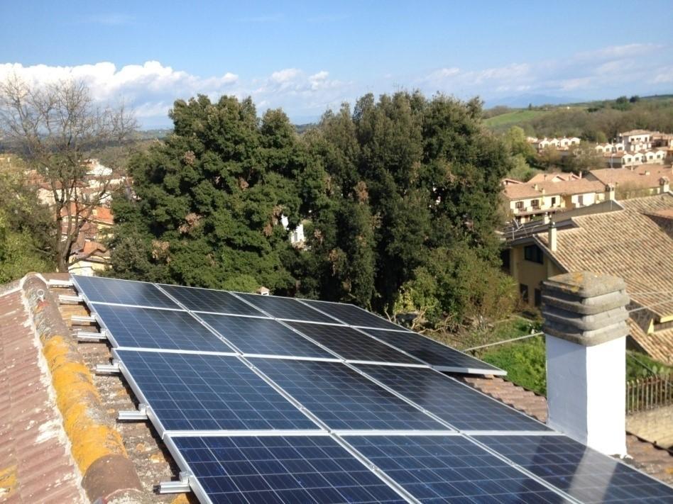 foto di un impianto fotovoltaico da 9kw realizzato in kit fotovoltaico semplice